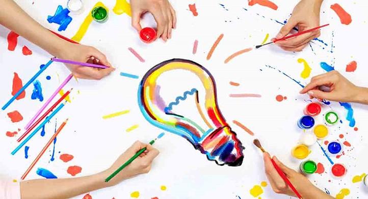 نقش یادگیری و ابراز وجود در پرورش تفکرخلاق وتفکر نقادانه