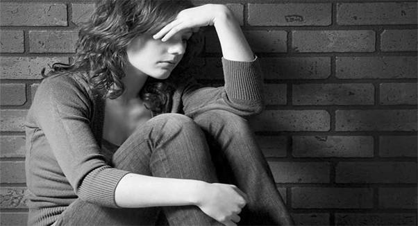 بررسی ریشه های عصبي بودن ، ترس واضطراب و افسردگي درنوجوانان