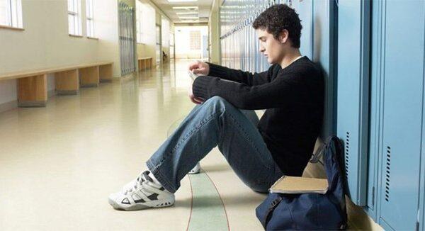 علل فرار نوجوانان از منزل و بزهکاری نوجوانان